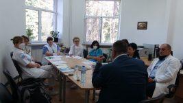 Обсъждане на лечението с плазма в СБАЛББ – Габрово