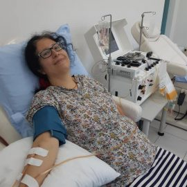 Дарител на плазма премина на даряване на тромбоцити